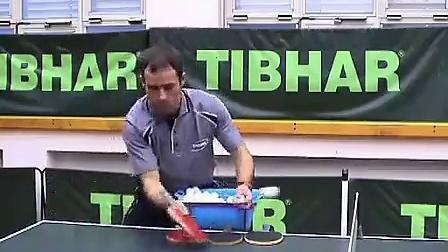 乒乓球教学视频(乒乓网整理)-怎样发多球-多球训练方案-1