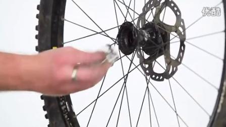 自行车维修高级教程:大神教你如何更换山地车花鼓轴承