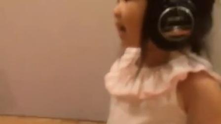 【粉红豹】曹格女儿包子姐姐曹华恩(grace):录音棚录歌~!