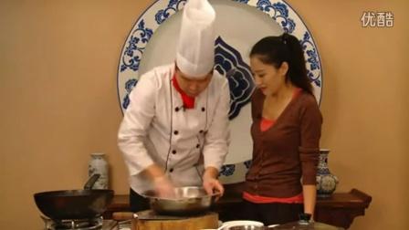 【大厨制造】滋补鱼汤的做法 营养美食靓汤家常做法