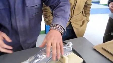 汽车大灯机械手涂胶机,热熔胶机器人涂胶机,全自动机器人涂胶机