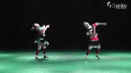 侗族双人舞 咯罗之恋 民族舞蹈网