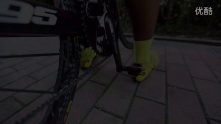 如何正确的穿脱公路自行车脚锁 锁踏