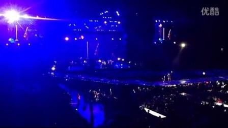 贾老板Justin Timberlake澳大利亚演唱会饭拍VIP区弹唱 Not A Bad Thing 2