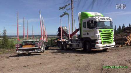 斯堪尼亚木材运输车倒车