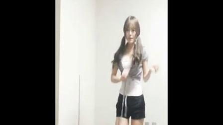 小苹果MV看北京伊娃美女自拍热舞
