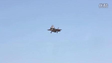 军情解码--美军隐形战机F-35 闪 电  空中悬停