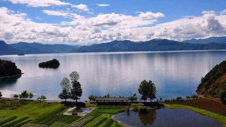 云南丽江泸沽湖美景图片