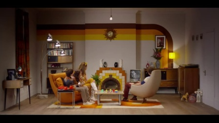 Philips hue  – How many years does it take to change a light bulb-
