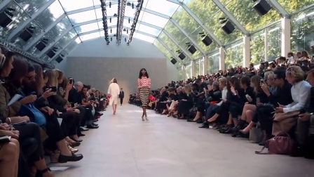 Full Show - Burberry Prorsum Womenswear S-S14 - shot entirely with iPhone 5s
