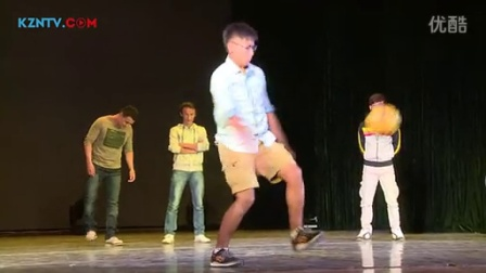 """天山网视频——第十二届""""Ushtas""""联欢晚会"""