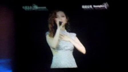 20141017GEM广州演唱会-talking 2 @假快乐之后