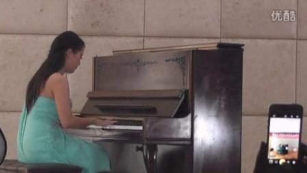 新亚艺术学校2015届期中音乐会钢琴表演