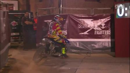历史上第一个空中花式摩托车翻转的人——红牛X-Fighters马德里2014