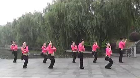小曲好唱口难开(广场舞)岳阳楼区白家山老年公寓舞蹈队(荷塘月色)