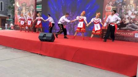 玛丽亚-俄罗斯民间舞