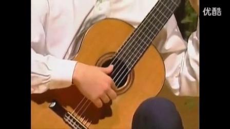 20 古典吉他教学  右手的手型与拨弦方式_高清