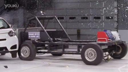 2012款Scion iQ 侧面碰撞测试视频