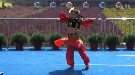 罗蔼琳-小金钟舞蹈大赛全国总决赛-新疆舞《少女的春天》