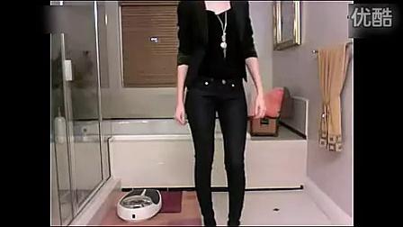 性感少妇浴室换衣服自拍视频