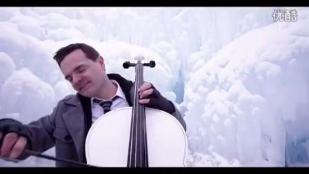 非常震撼之雪地双人表演钢琴,大提琴