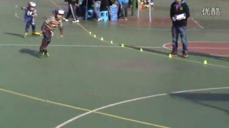 7岁9个月康辉获得湖北省速滑比赛200m金奖(哥不是传说 不要迷恋哥)