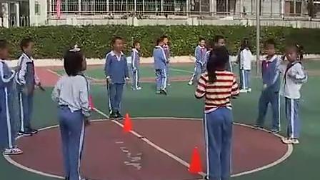 小学二年级体育优质课视频《各种方式的跑》黄老师