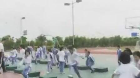 立定跳远人教版小学三年级体育优秀课实录视频视频