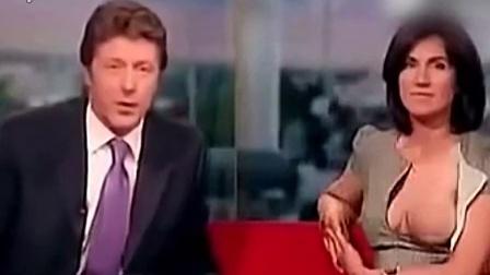 英国女主播直播中脱胸衣露光出镜