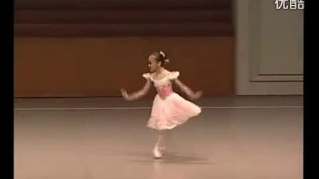 俄罗斯10岁小女孩立足尖跳芭蕾_标清