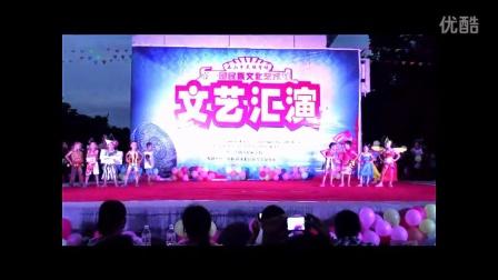 幼儿服装表演:环保时装秀