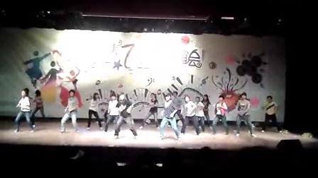 西安医学院 李思芑 2012校学生会歌舞青春