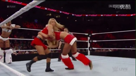 WWE RAW 12.22.14 Santas Helper 6 Diva Tag Team Match