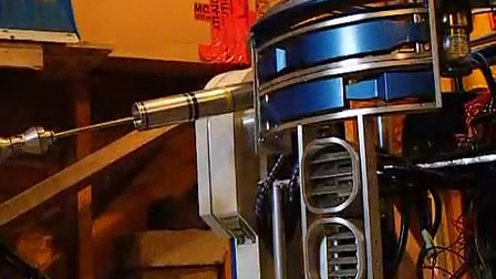 R2-D2's CPU Arm Extends and Retracts