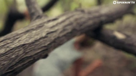 Sam Feldt & Kav Verhouzer - Hot Skin (Official Music Video)