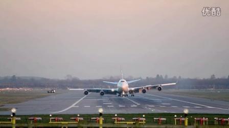 实拍维珍航空747客机起落架故障  迫降伦敦机场