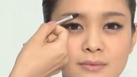 靓妆教程一字眉毛的画法12