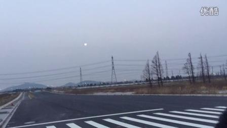 塞斯纳310双发航模安装LED夜航灯 黄昏首飞视频