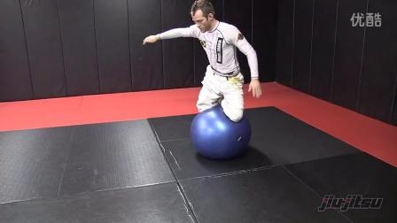 Jeff Glover 柔术瑜伽球