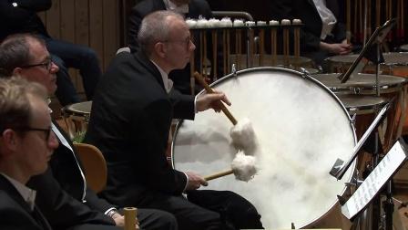 马勒第六交响曲--哈丁指挥柏林爱乐乐团于柏林音乐厅(2014.12.06)
