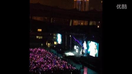 20140502周杰伦摩天轮世界巡演上海站----大合照+听见下雨的声音