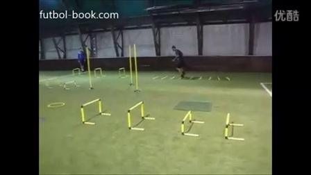 足球步伐与协调性训练
