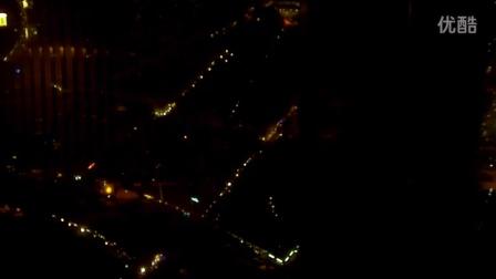 柏林电视塔旋转餐厅拍摄柏林夜景