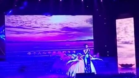 2015年祁阳春晚祁阳师范原创歌伴舞《好儿好女好江山》 儿女江山尽在眼前啊 大家美翻了