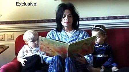 MJ给熊孩子读书