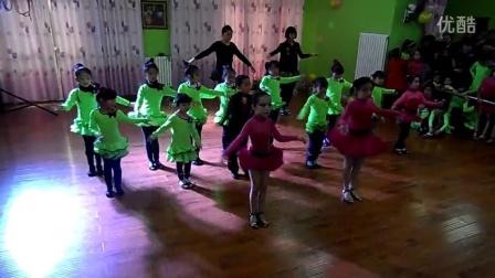 宁夏银川新兰拉丁瑜伽舞蹈培训机构初级小班恰恰单人基本步表演
