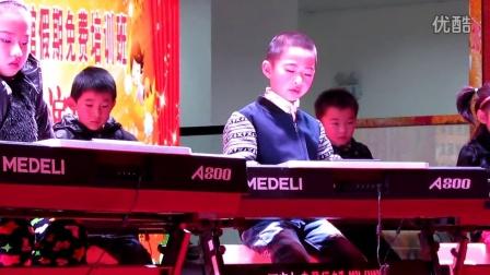 西宁市城西区一年级电子琴表演宸宸