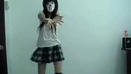 日本女生跳舞_超可爱女孩