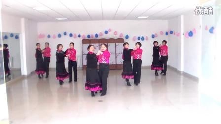 2015年最新广场舞双人舞集体舞(喜乐年华)常春藤舞队
