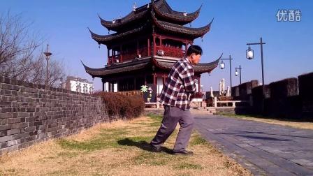 桂花公园学跳广场舞我要抱着你VID20150308